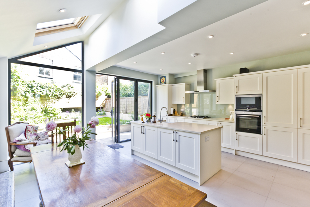 What Features Should Your Contemporary House Extension Have?